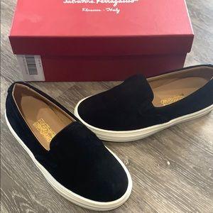 Salvatore Ferragamo Kids Black Loafers size 12.5